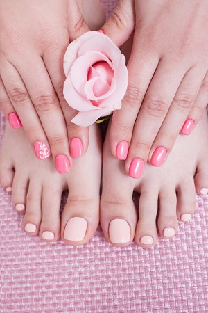 Mini Manicure & Mini Pedicure Teen Party(8 girls)